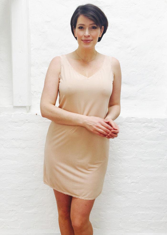 Greta underklänning Hudfärg2 b